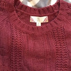 Burgundy sweater with beautiful details